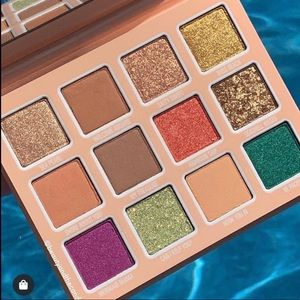 """🌸Kylie Cosmetics """"under the sea"""" palette🌸"""